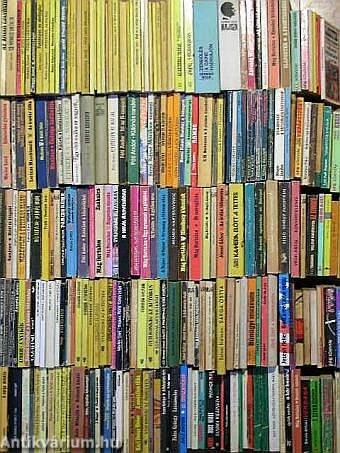 """""""250 kötet akció-, kaland- és bűnügyi regény"""""""