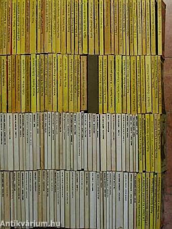 """""""150 kötet az Albatrosz és a Fekete Könyvek sorozatokból (nem teljes sorozat)"""""""
