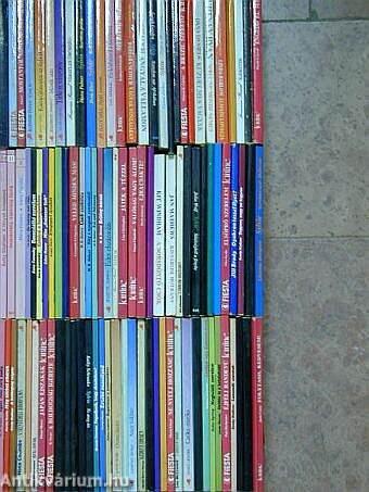 """""""100 kötet szerelmes regény különböző sorozatokból"""""""