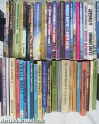 """""""45 kötet akció-, kaland- és bűnügyi regény"""""""